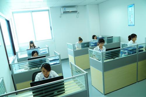 广州白云区代办营业执照和卫生许可证 代办要怎么办